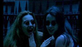 Rollin, Jean. Les deux orphelines vampires. 1997