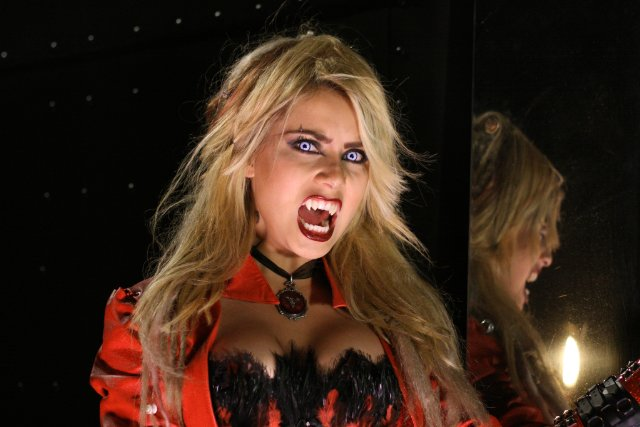 Picerni, Charlie. The Bleeding. 2009