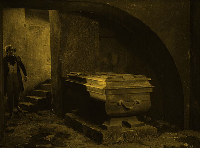 Murnau, Friedrich Wilhelm. Nosferatu. 1922