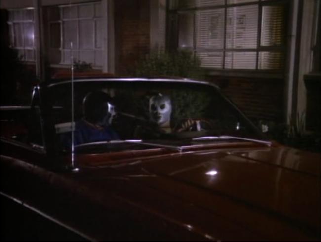 Delgado, Miguel M. Santo et Blue Demon contre Dracula et le loup-garou. 1973